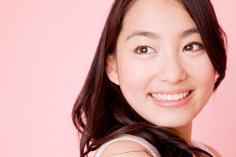 ヒアルロン酸によるほうれい線・唇・口角のアンチエイジング